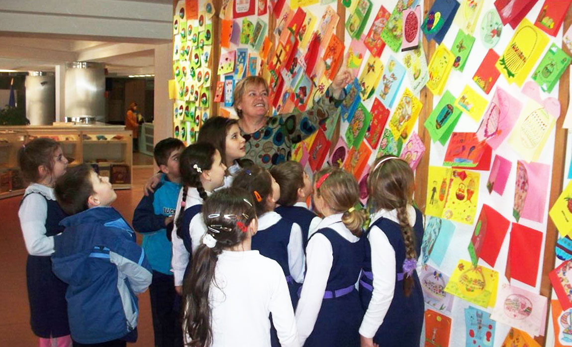"""Expoziție la Biblioteca Județeană """"Petre Dulfu"""""""